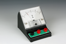 Voltmeter, likespenning